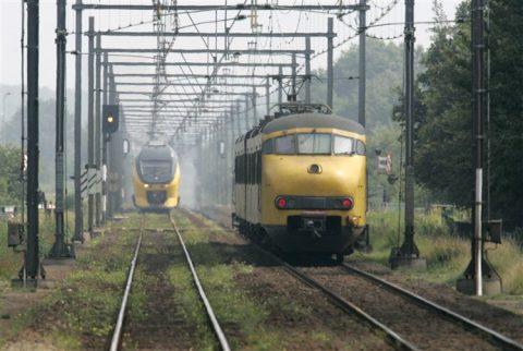 trein, NS, stoptrein, intercity, spoor, rails