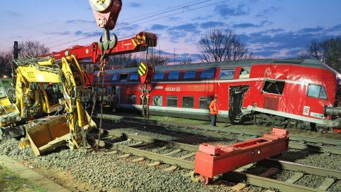 opruimwerkzaamheden, treinongeval, Duitsland