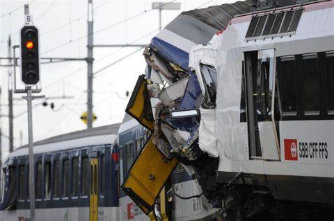 treinongeluk, botsing, Granges-près-Marnand, Zwitserland