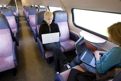 laptop, trein, internet