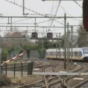 Station Naarden Bussum, rood sein, sprinter, foto: Grontmij