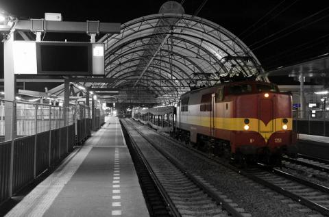 Historische trein, loc 1254, spooronderhoud
