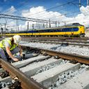 Werkzaamheden, spoor, Utrecht Centraal, baanwerker, NS-trein