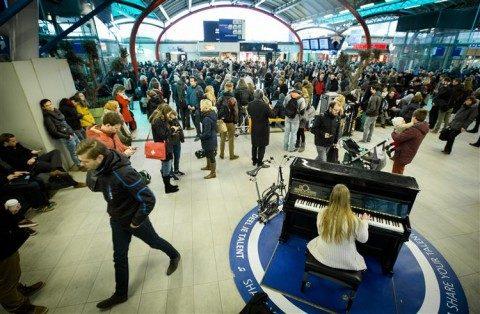 ICT-storing ProRail, gestrande reizigers, station Utrecht Centraal
