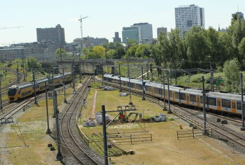 NS, Intercity, stoptrein, spoor, rail, bovenleiding, Utrecht
