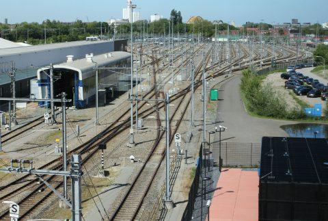 Spoor, rails, bovenleiding, Utrecht, verkeersleidingspost