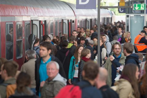 Staking, Deutsche Bahn, reizigers, stations