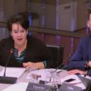 Staatssecretaris Sharon Dijksma tijdens een AO ProRail in de Tweede Kamer