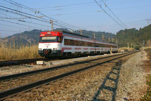 Trein Renfe bij Castellbisbal in Spanje