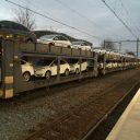 Goederentrein met auto's op station Tilburg Centraal Station