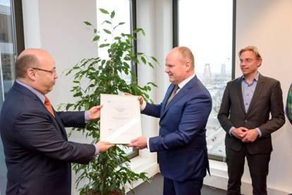 RET ontvangt certificaat van Ricardo Rail