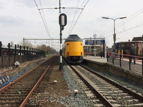 NS-trein op station Gilze-Rijen