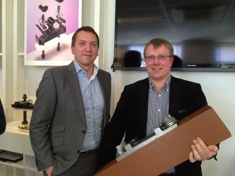 Directeur Mark van den Rijen van Alom en Clemens Brettschneider van Sekisui