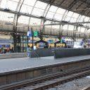 Reizigers, NS-treinen, station Amsterdam Centraal