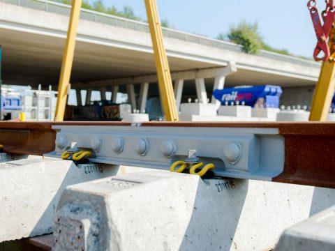 De elektrische scheidingslas (ES-las) van Voestalpine Railpro