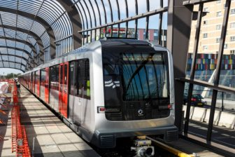 Metro Noord/Zuidlijn op station Noord (Foto: Gé Dubbelman)