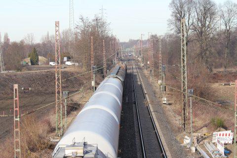 Een goederentrein in Oberhausen, Duitsland