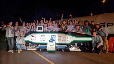 Studententeam Delft Hyperloop wint wedstrijd in Los Angeles