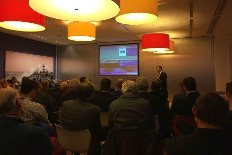 Willie Notten van Ricardo Rail geeft een presentatie tijdens een seminar van KIVI over ERTMS
