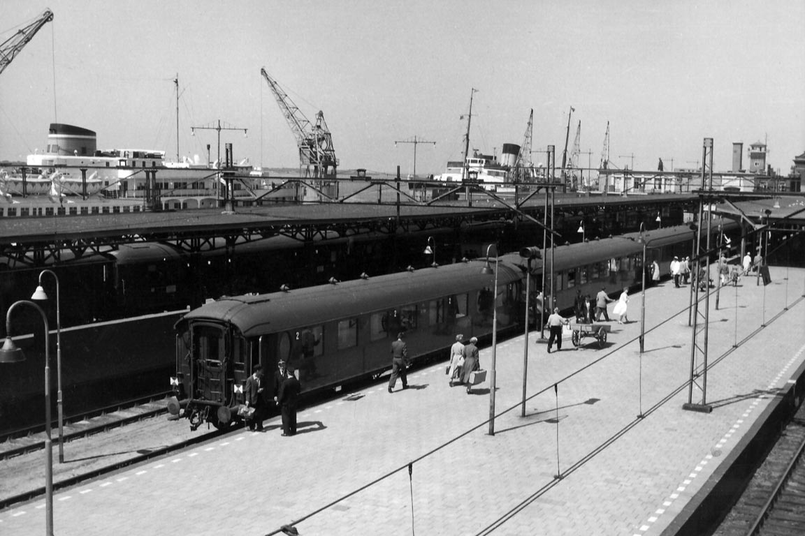 De boottrein Hoek van Holland in 1959, foto: ProRail