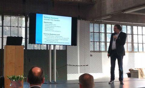 Professor Rob Goverde van de TU Delft