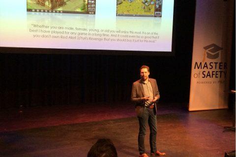 Directeur Loren Roosendaal van IC3D Media