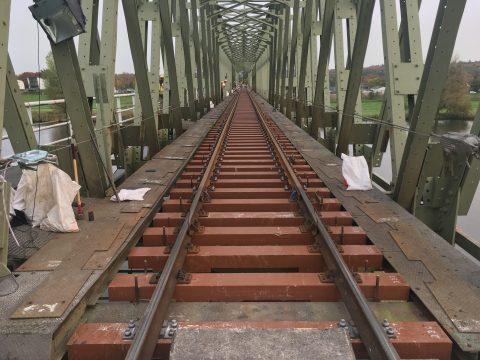 Spoorbrug tussen Cuijk en Mook, foto: Benjamin Kwanten