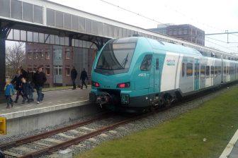 Een Flirt-trein van Keolis tussen Hengelo en Bielefeld, foto: Gertjan Stamer
