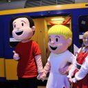 Suske en Wiske verwelkomen treinreizigers uit Breda op station Antwerpen