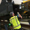 Inspecteur controleert trein