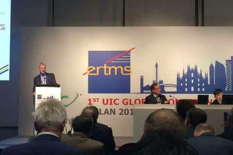 Peter Zijdemans van Ricardo Rail tijdens de ERTMS-conferentie in Milaan