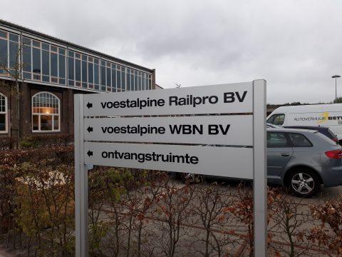 borden bij Voestalpine kantoor Hilversum