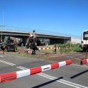 Botsing op spoorwegovergang in Groningen, foto: GinoPress