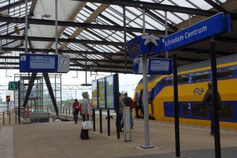 Intercity op Schiedam Centrum, foto: Wikimedia Commons