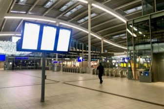 Lege stationshal Utrecht door OV staking mei 2019, bron: NS