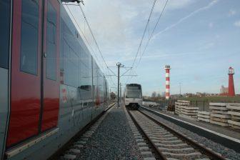 Testritten met meerdere metro's op de Hoekse Lijn, bron Metropoolregio Rotterdam Den Haag