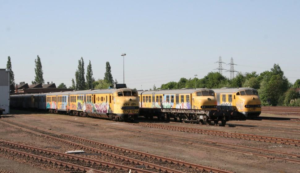 Ns Stuurt 35 Locomotieven En 29 Rijtuigen Naar De Sloop Spoorpro Nl