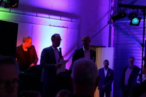 Rogier en Sander Schulmeister ets spoor bij jubileum