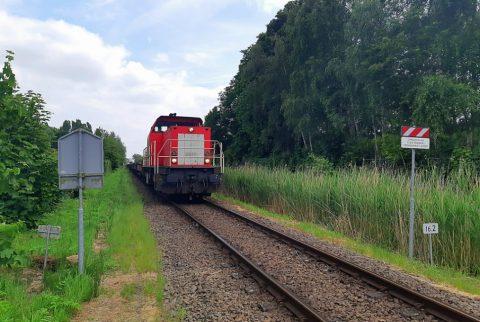 Sas van Gent, politie haalt kinderen van het spoor, bron: facebookpagina politieteam Zeeuws Vlaanderen