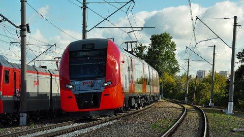 Een zelfrijdende Lastochka-trein