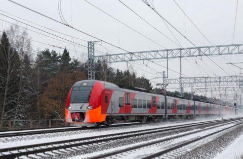 Lastochka-trein-in-Moskou