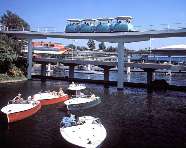 people mover disneyland