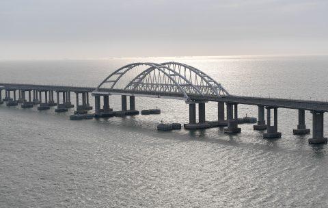 De Kerch-brug tussen Rusland en de Krim, foto: ANP