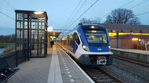 Een SNG-sprinter in Zwolle, foto: NS