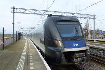 Een NS-trein werd zilver gesloten: Facebookpagina Wormerveer