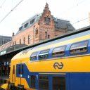 Een NS-trein op station Groningen