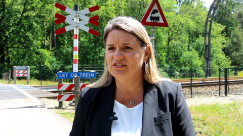 Anne Zwiers, directeur Overwegen bij ProRail