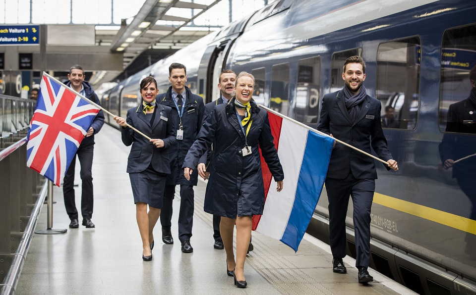 Inaugural-Eurostar-train-service-from-Amsterdam-to-London