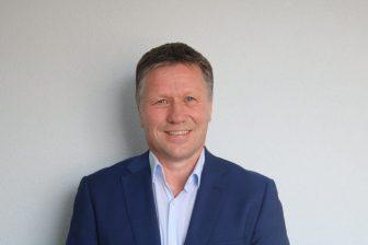 Andre-Cnossen, Arriva