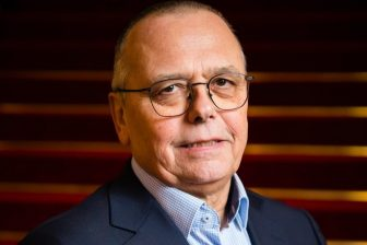 Voorzitter Pedro Peters van OV-NL